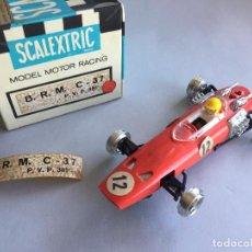 Scalextric: SCALEXTRIC BRM C 37 CON CAJA PRIMERA SERIE. Lote 134070694