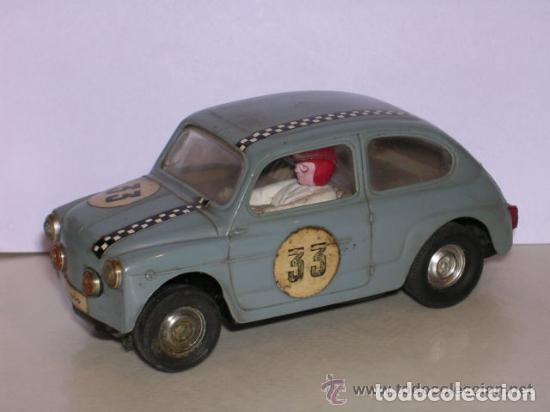 SEAT 600 . TC 600 , TRIANG SCALEXTRIC, FABRICADO EN ESPAÑA - COLOR AZUL OSCURO (Juguetes - Slot Cars - Scalextric Exin)