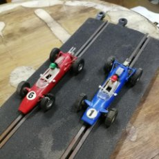 Scalextric: ANTIGUOS COCHES SCALEXTRIC. LOTUS. C-82 Y COOPER C-81. TRIANG MADE IN FRANCE AÑOS 60. Lote 146867790