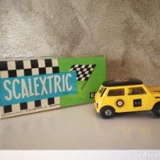 Scalextric: MINI COOPER AMARILLO CON CAJA EXIN SCALEXTRIC. Lote 159844954