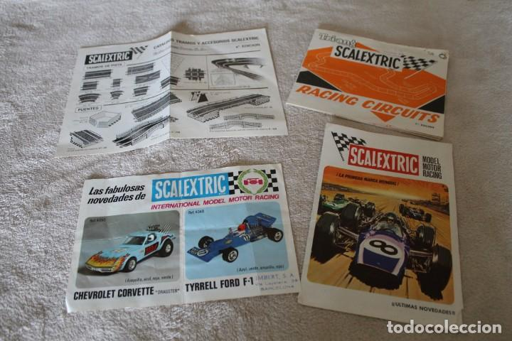 LOTE 4 FOLLETOS SCALEXTRIC NOVEDADES RACING CIRCUITS Y CTALOGO TRAMOSY ACCESORIOS (Juguetes - Slot Cars - Scalextric Exin)