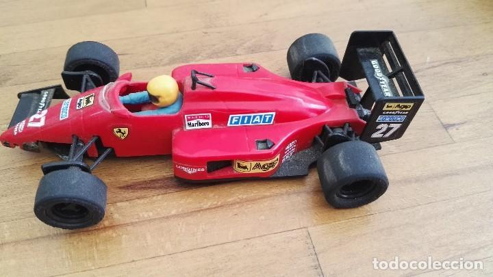Scalextric: Coche exin Ferrari F1 87 rojo scalextric ref. nº27 falta aleron delantero Ref.8717 - Foto 2 - 162944598