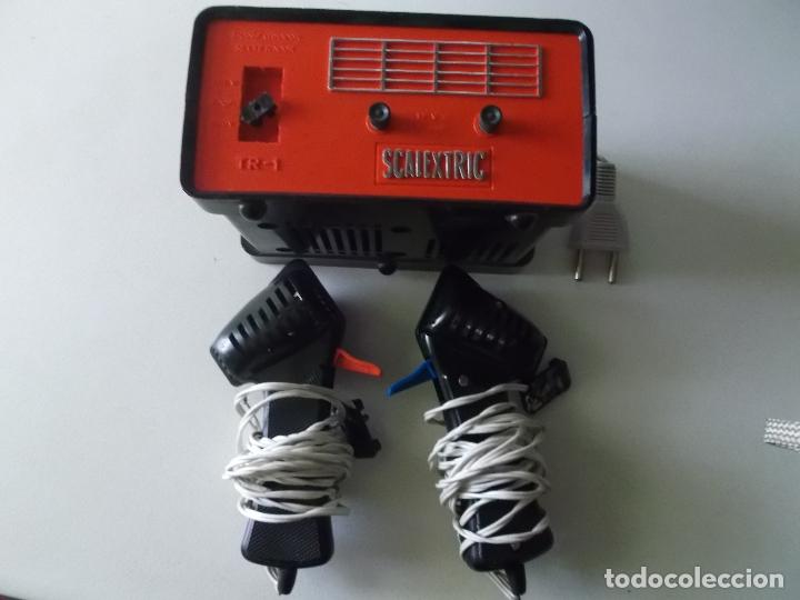 LOTE TRANSFORMADOR TRIANG Y DOS MANDOS SCALEXTRIC EXIN AÑOS 70 (Juguetes - Slot Cars - Scalextric Exin)