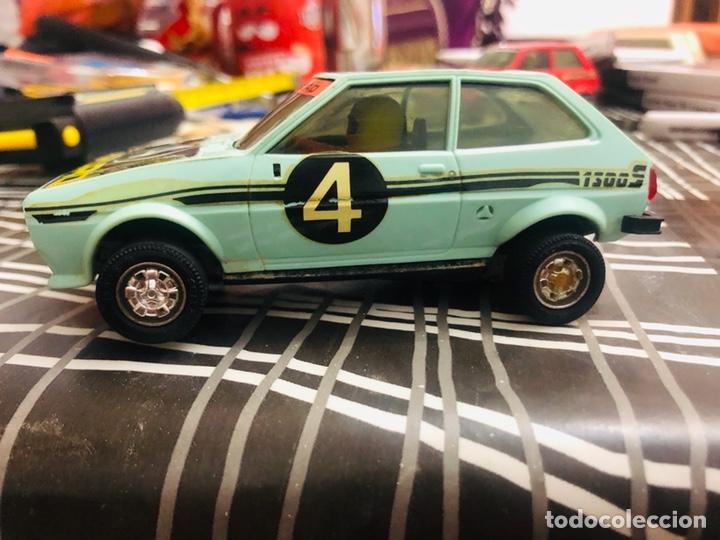 SCALEXTRIC FORD FIESTA LE FALTA UNA RUEDA (Juguetes - Slot Cars - Scalextric Exin)