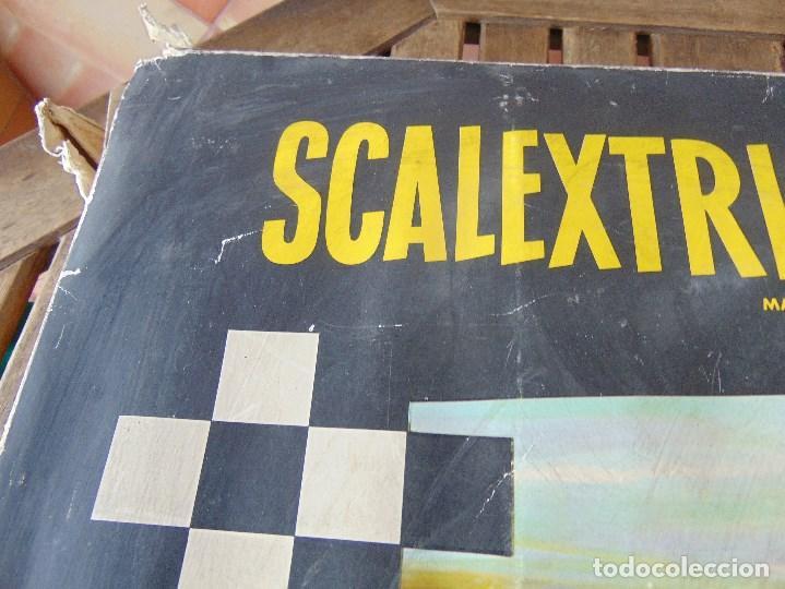 Scalextric: CAJA DE SCALEXTRIC EXIN GP 3 CON INTERIORES, PISTAS, ACCESORIOS SIN COCHES CON DOCUMENTACIÓN - Foto 2 - 172043195