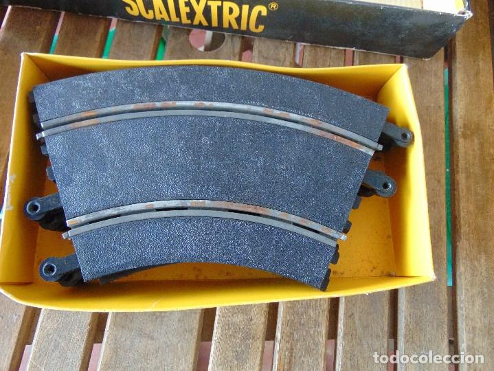Scalextric: CAJA DE SCALEXTRIC EXIN GP 3 CON INTERIORES, PISTAS, ACCESORIOS SIN COCHES CON DOCUMENTACIÓN - Foto 19 - 172043195