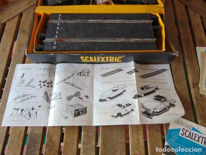 Scalextric: CAJA DE SCALEXTRIC EXIN GP 3 CON INTERIORES, PISTAS, ACCESORIOS SIN COCHES CON DOCUMENTACIÓN - Foto 30 - 172043195