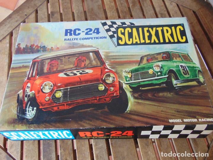 CIRCUITO RC 24 EL DE LOS MINIS DE SCALEXTRIC EXIN NO TIENE LOS COCHES (Juguetes - Slot Cars - Scalextric Exin)