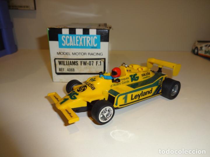 Scalextric: Scalextric. Williams FW-07 F1 Amarillo. Ref. 4068 - Foto 2 - 194083405