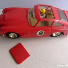 Scalextric: SCALEXTRIC TRI-ANG ASTON MARTIN GT ROJO MM / C68 TECHO SOLAR. Lote 225511825