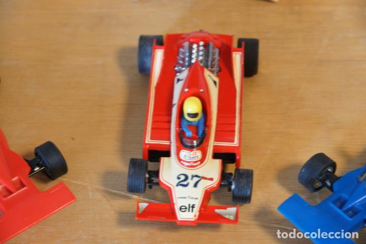 Scalextric: Scalextric GP-16. 3 coches + 2 mandos + 17 pistas + fuente de alimentación + caja bien conservada. - Foto 8 - 230688090
