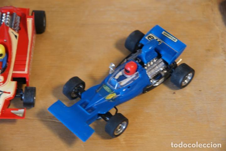 Scalextric: Scalextric GP-16. 3 coches + 2 mandos + 17 pistas + fuente de alimentación + caja bien conservada. - Foto 11 - 230688090