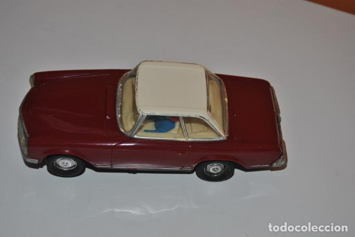 MERCEDES 250 SL SCALEXTRIC REF C 32 EXIN MADE IN SPAIN CAPOTA BLANCA (Juguetes - Slot Cars - Scalextric Exin)