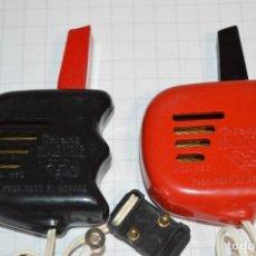 Scalextric: 2 MANDOS A-215 / TRI-ANG SCALEXTRIC EXIN / LOS PRIMEROS, ANTES DE MODIFICAR EN 1966 ¡MIRA, DIFÍCIL!. Lote 267823634