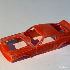 Scalextric: CARROCERIA FORD MUSTANG DRAGSTER REF 4049 ROJO INCOMPLETA. Lote 293704528