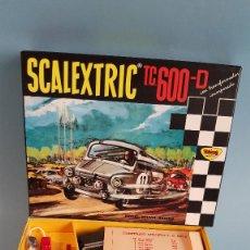 Scalextric: SCALEXTRIC TC600-D EN MINIATURA ESCALA 1/3 SEAT 600 ROJO Y BLANCO CHASIS NEGROS. Lote 296601488