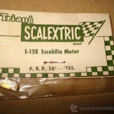 Scalextric: ANTIGUA ESCOBILLA MOTOR REF. S-158 DE SCALEXTRIC TRIANG EXIN EN BOLSITA ORIGINAL .1960S.. Lote 32084956