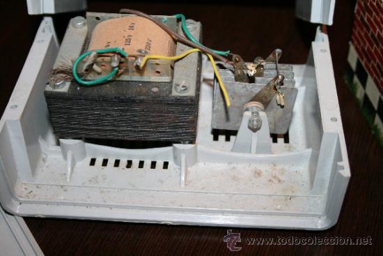 Scalextric: LOTE VARIOS ELEMENTOS SCALEXTRIC AÑOS 70 PARA PIEZAS O RESTAURAR - Foto 2 - 32478964