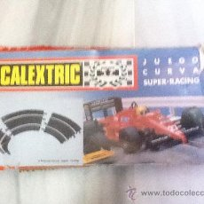 Scalextric: SCALEXTRIC SET CON JUEGO CURVAS SUPER-RACING (3 TRAMOS). Lote 35064219