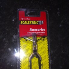 Scalextric: ACCESORIOS SCALEXTRIC TECNITOYS SUBCHASIS + T.R.D F1 TIPO 1 REF. 8808. Lote 40846318