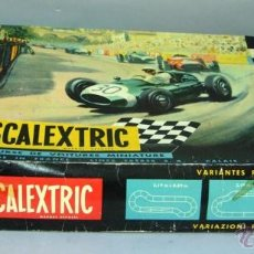Scalextric: CAJA CIRCUITO SCALEXTRIC TRIANG 32 MADE IN FRANCE AÑOS 70 CON 2 COCHES COOPER AUSTIN Y LOTUS. Lote 42632314