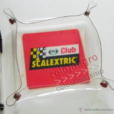Scalextric: BANDEJA O CENICERO DEL CLUB SCALEXTRIC - DE PLÁSTICO - SE PUEDE ABRIR - LOGO DE LA MARCA DE JUGUETE. Lote 43831178