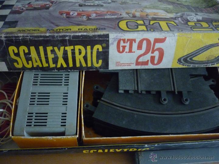 Scalextric: SCALEXTRIC CIRCUITO GT 25. ORIGINAL. COMPLETO. AÑO 1970. COCHES MERCEDES 250 SL SPORT - Foto 3 - 52913168