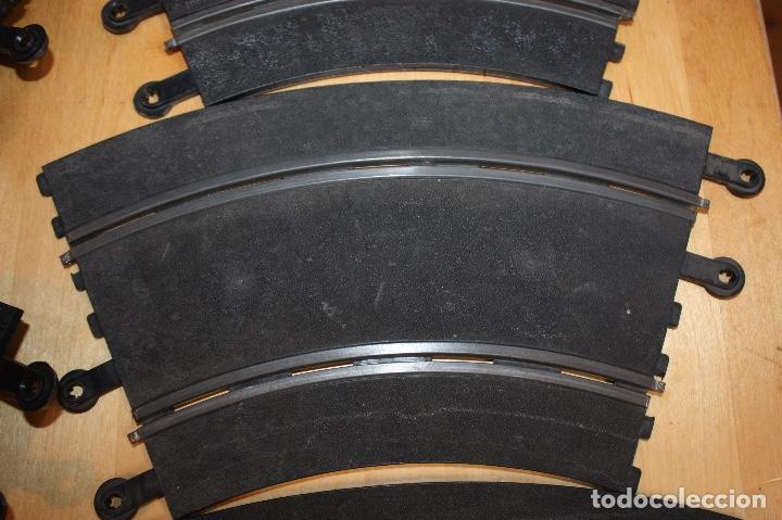 Scalextric: SET COMPLETO 3 CURVAS SUPER RACING (PERALTADAS) + 4 CURVAS STANDARD - Foto 4 - 64030775