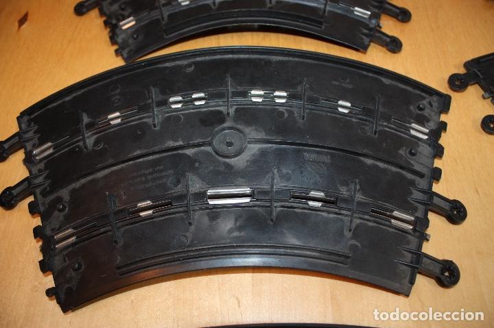 Scalextric: SET COMPLETO 3 CURVAS SUPER RACING (PERALTADAS) + 4 CURVAS STANDARD - Foto 14 - 64030775