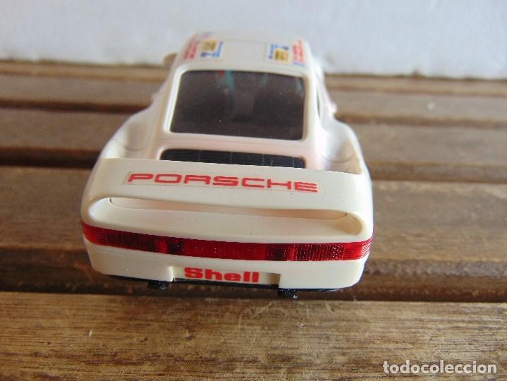 Scalextric: CIRCUITO CAJA DE SCALEXTRIC EXIN GT 21 CON LOS PORSCHE 959 ROJO Y BLANCO - Foto 17 - 68530949