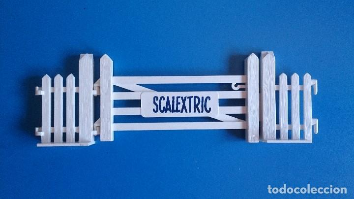 Scalextric: PUERTA ENTRADA SCALEXTRIC TRI-ANG A/226 - Foto 2 - 120838411