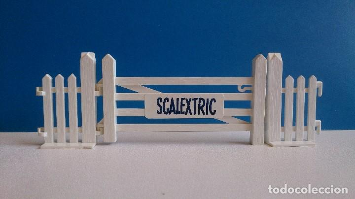 Scalextric: PUERTA ENTRADA SCALEXTRIC TRI-ANG A/226 - Foto 3 - 120838411