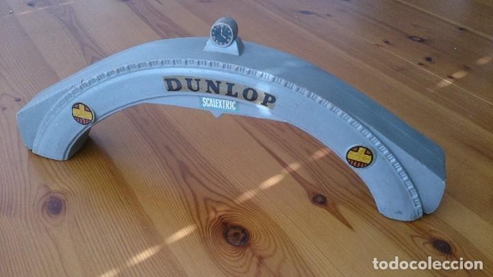 Scalextric: PUENTE DUNPLOP SCALEXTRIC TRI-ANG MM/A220 - Foto 1 - 97925471