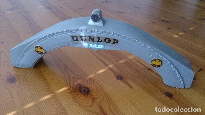 Scalextric: PUENTE DUNPLOP SCALEXTRIC TRI-ANG MM/A220 - Foto 2 - 97925471