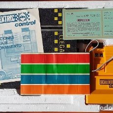 Scalextric: SCALEXTRIC CONTROL CUENTAVUELTAS ELECTRICO COMPETICION 2 COCHES REFERENCIA 3270 EXIN. Lote 103140359