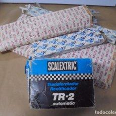 Scalextric: LOTE DE ACCESORIOS DE SCALEXTRIC. CON CAJAS. VIAS, TRANSFORMADOR, VARIOS. VER FOTOS. Lote 103918467