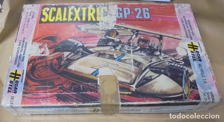 CAJA DE SCALEXTRIC GP-26 CON ALGUNAS PIEZAS. LAS DE LA FOTOS. VER (Juguetes - Slot Cars - Scalextric Pistas y Accesorios)
