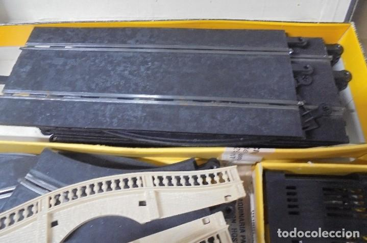 Scalextric: CAJA DE SCALEXTRIC GP-26 CON ALGUNAS PIEZAS. LAS DE LA FOTOS. VER - Foto 6 - 103919855