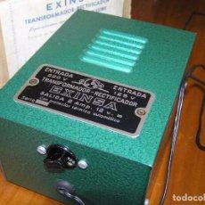 Scalextric: ANTIGUO TRANSFORMADOR RECTIFICADOR EXINSA EXIN 125 Ó 220 VOLTIOS PARA SCALEXTRIC CON SU CAJA AÑOS 60. Lote 104018335