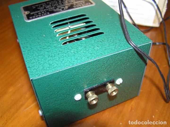 Scalextric: ANTIGUO TRANSFORMADOR RECTIFICADOR EXINSA EXIN 125 ó 220 Voltios PARA SCALEXTRIC CON SU CAJA AÑOS 60 - Foto 5 - 104018335