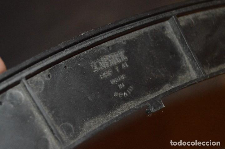 Scalextric: LOTE CUENTAVUELTAS, 2 LÍNEAS DE MANTENIMIENTO Y 6 BORDES / PIANOS - EXIN - SPAIN - SCALEXTRIC - Foto 12 - 114587419