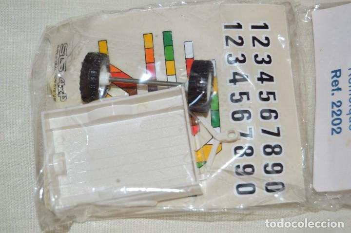 Scalextric: Vintage - BLISTER PRECINTADO NOS - REMOLQUE STS 4X4 SCALEXTRIC - REF. 2202 - BLANCO - MADE IN SPAIN - Foto 4 - 121726019