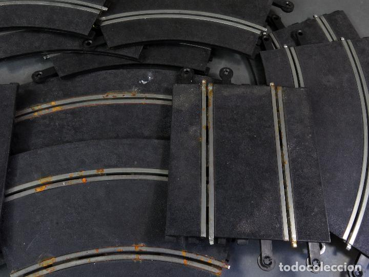 Scalextric: 12 tramos pistas Scalextric Exin Triang 10 curvas y 2 rectas años 70 - Foto 3 - 128896763