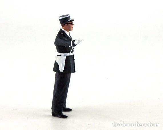 Scalextric: LE MANS MINIATURES MARCEL POLICIA DE TRANSITO FLM132053M - Foto 4 - 137129894