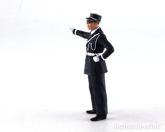 Scalextric: LE MANS MINIATURES MARCEL POLICIA DE TRANSITO FLM132053M - Foto 5 - 137129894