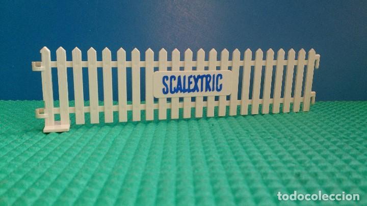 VALLA SCALEXTRIC TRI-ANG (Juguetes - Slot Cars - Scalextric Pistas y Accesorios)