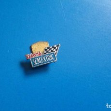 Scalextric: PIN SCALEXTRIC TRI-ANG. Lote 161812234