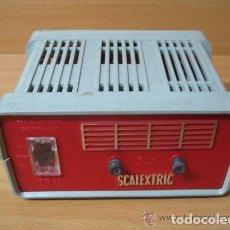 Scalextric: SCALEXTRIC TRANSFORMADOR TR1 ROJO Y GRIS. Lote 163308110