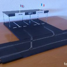 Scalextric: PADDOCK SCALEXTRIC TRI-ANG RUBBER TRACK MM/A224. Lote 170298348