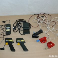 Scalextric: SCALEXTRIC 2 MANDOS INALAMBRICOS RADIO CONTROL SYSTEM + 1 TRANSFORMADOR+ 3 MANDOS TOCADOS EXIN SLOT . Lote 174258755